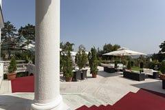 Région d'entrée à une villa de luxe photo libre de droits