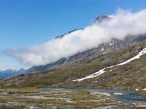 Région de montagne norvégienne photo stock