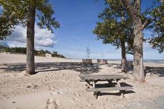 Région de pique-nique au stationnement d'état de dunes Image libre de droits