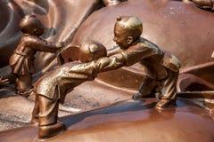Région scénique de Bouddha de géant de Wuxi Lingshan et x22 ; jeu de 100 enfants Maitreya& x22 ; grande sculpture en bronze Photographie stock