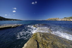 Régions côtières dans le nord de Malte Images libres de droits