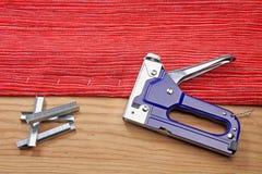 Rénovation de vieux meubles tapissés Photographie stock libre de droits