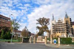 Rénovez la cathédrale du ` s de St Mary à la rue de seigneur de Perth à Perth, Aust photos libres de droits