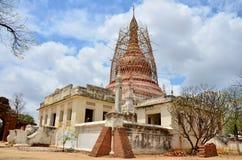 Rénovez la pagoda à la ville antique dans Bagan photo libre de droits