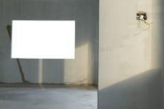 Rénovez le mur dans la maison de construction résidentielle photo libre de droits