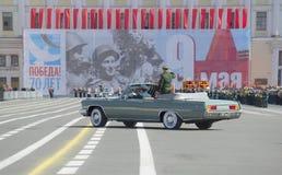 Répétition de défilé en l'honneur de Victory Day sur la place de palais St Petersburg Image stock
