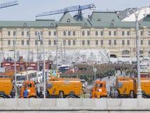 Répétition de Victory Parade, et beaucoup de militaires Photos stock