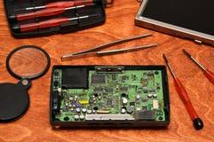 Réparation d'elecronics, de smartphones, de comprimés et d'ordinateurs photo libre de droits