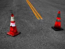 Réparation de cônes et de rue de construction Image libre de droits