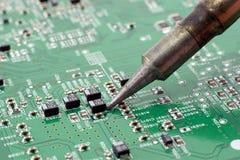 Réparation de circuit. Photographie stock libre de droits