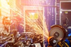 Réparation de mécanicien automobile photos stock