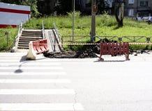 Réparation de route d'un passage pour piétons photo libre de droits