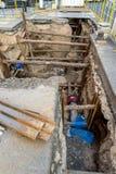 Réparation de tuyau à Prague Photo stock