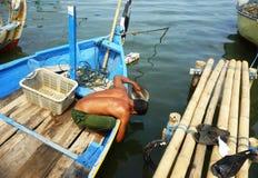 Réparation du navire endommagé photographie stock