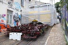 Réparation funiculaire de Lisbonne Photo stock