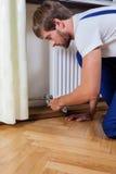 Réparation professionnelle de radiateur Images libres de droits