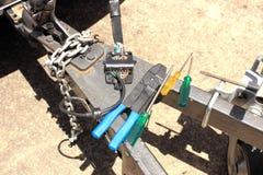 Réparations électriques automatiques Images stock