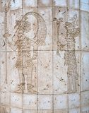 A réplica de deuses maias cinzelou em uma parede de pedra em México fotos de stock royalty free