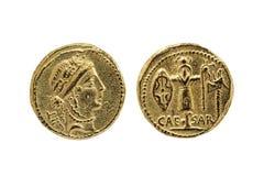 Réplica de Roman Aureus Gold Coin de Julius Caesar imagem de stock
