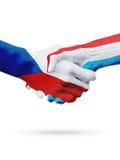 République Tchèque de drapeaux, pays du luxembourgeois, concept de poignée de main d'amitié d'association Image stock