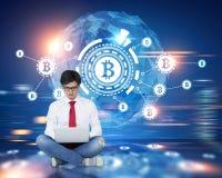 Réseau de Bitcoin, HUD, globe, brouillé, homme Images stock