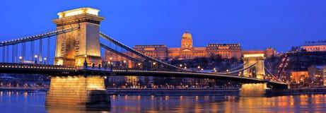 réseau de Budapest de passerelle Photos libres de droits