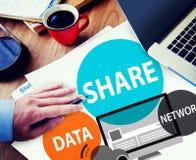Réseau informatique de part partageant le concept social de connexion réseau Photos libres de droits