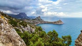 Réservation naturelle de bâti Karaul-Oba, Crimée, ville de Sudak, la Mer Noire Image libre de droits