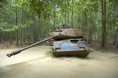 Réservoir américain détruit par Viet Congs Images libres de droits