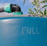 Réservoir d'eau bleue photographie stock libre de droits