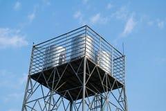 Réservoir d'eau en métal Photo stock
