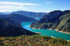 Réservoir de Canelles et gorge de Montrebei, Catalogne Photo stock