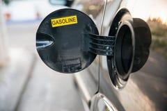 Réservoir de carburant ouvert de voiture Image libre de droits