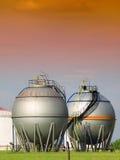 Réservoir de stockage d'essence photographie stock libre de droits