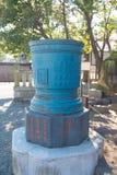 Réservoir sacré de vieil acier dans le temple de Sensoji Photographie stock