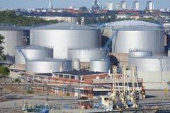 Réservoirs à gaz de pétrole Photos stock