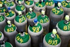 Réservoirs d'oxygène de plongée à l'air Photographie stock libre de droits