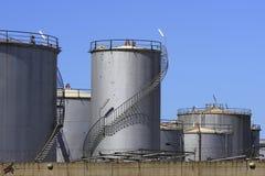 Réservoirs de carburant Image libre de droits