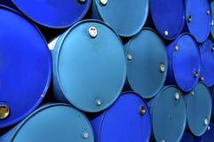 Réservoirs de carburant. Image stock