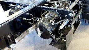 Réservoirs de carburant et pour découvrir l'installation de pièces de rechange sous les 6 Images libres de droits