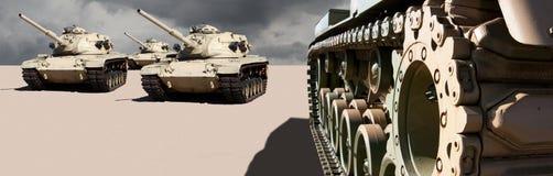 Réservoirs de guerre d'armée d'Etats-Unis dans le désert Photo stock