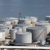 Réservoirs de port maritime Images stock