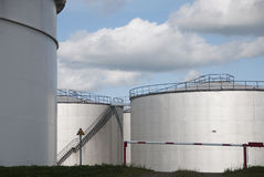 Réservoirs de stockage de pétrole à Amsterdam Photo libre de droits
