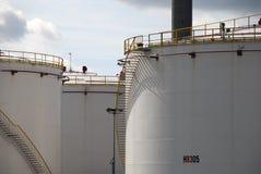 Réservoirs de stockage de pétrole à Amsterdam Image libre de droits