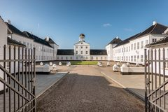 Résidence d'été de château de Graasten de la famille danoise royale, repaire photographie stock libre de droits
