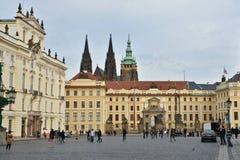 Résidence du président tchèque dans le château de Prague images stock