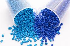 Résines thermoplastiques bleues photos stock