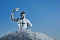 Résistance et atlas fort avec le travail de marteau sous se photo libre de droits