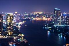 Résumé, bokeh de tache floue de lumière de paysage urbain de nuit photographie stock libre de droits
