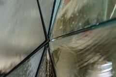 Résumé d'un panneau en verre photographie stock libre de droits